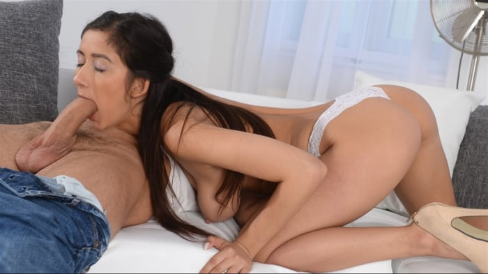 Darcia Lee in Daugther's Friend